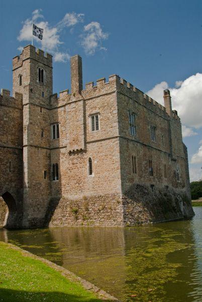 Art Car Museum >> Leeds Castle | Historic Kent Guide