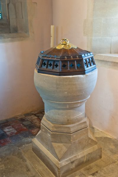 Letcombe Bassett, St Michael & All Angels Church photo, 13th century font