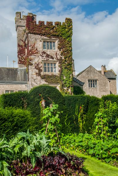 Levens Hall photo, The crenellated pele tower