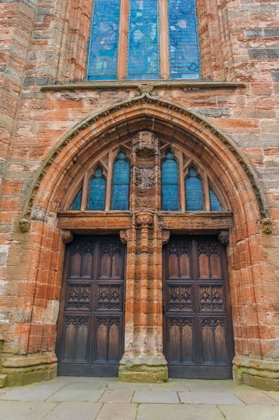 Church of St Michael, Linlithgow photo, The west doorway