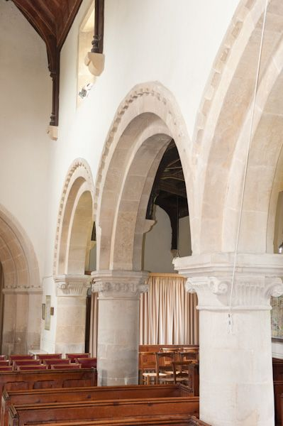 Little Bedwyn, St Michael's Church photo, Nave arches