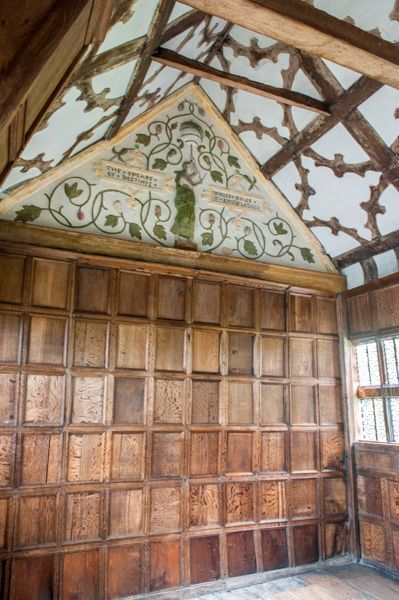 Little Moreton Hall photo, The 16th century Long Gallery