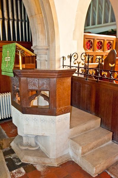 Little Tew, St John the Evangelist Church photo, The pulpit