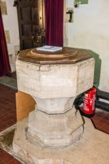 Little Wittenham, St Peter's Church, The simple 15th century font