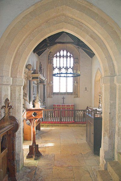 Little Rollright, St Philip photo, The chancel arch