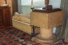 Llangennith, St Ceyndd Church, Medieval font and knight's effigy
