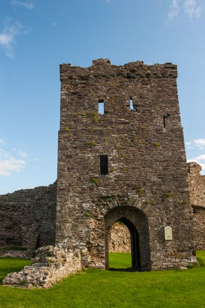 Llansteffan Castle photo, The inner ward gatehouse