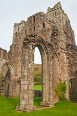 Llanthony Priory , The central crossing tower
