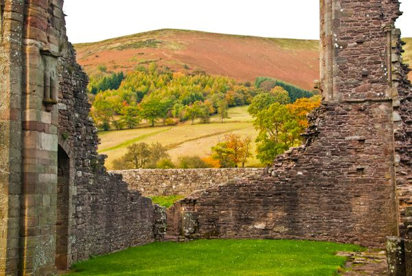Llanthony Priory  photo, The priory church ruins