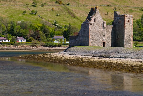 Lochranza Castle photo, View from the north west