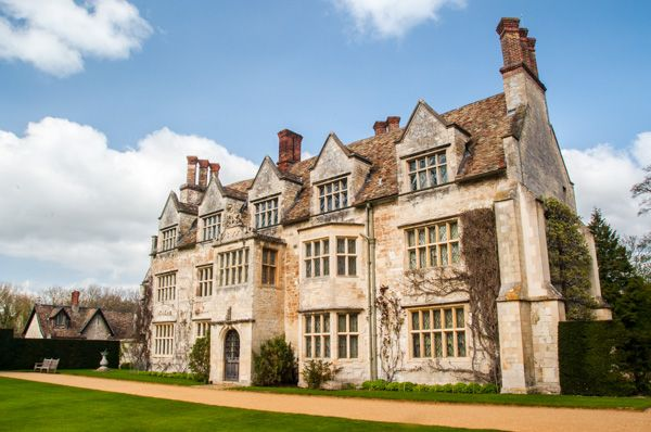 Anglesey Abbey photo, The Elizabethan exterior of the house