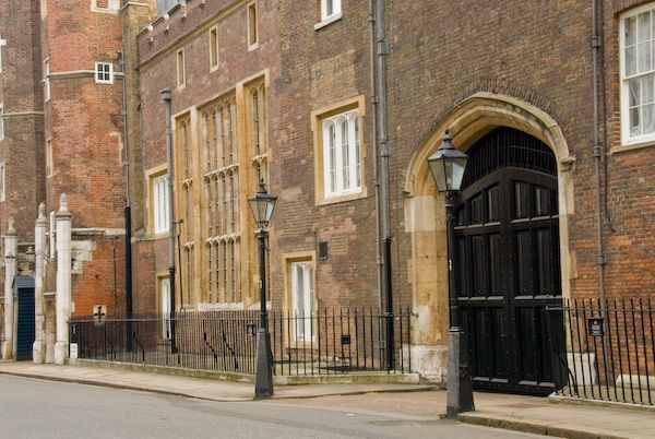 London photo, St James Palace entrance