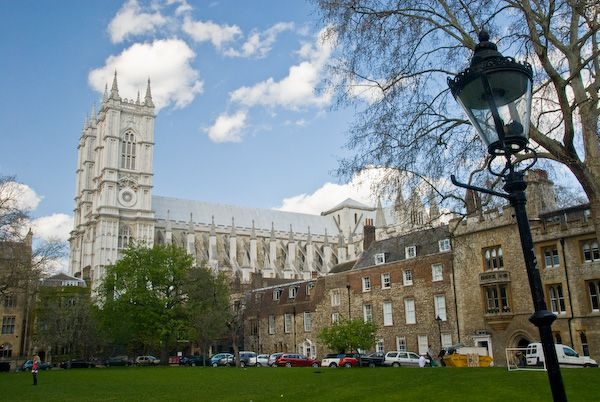 London photo, Deans Yard and Westminster Abbey