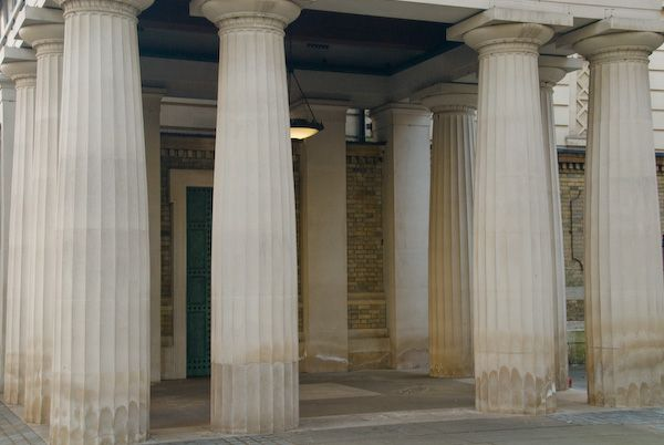 London photo, Queen's Gallery entrance portico