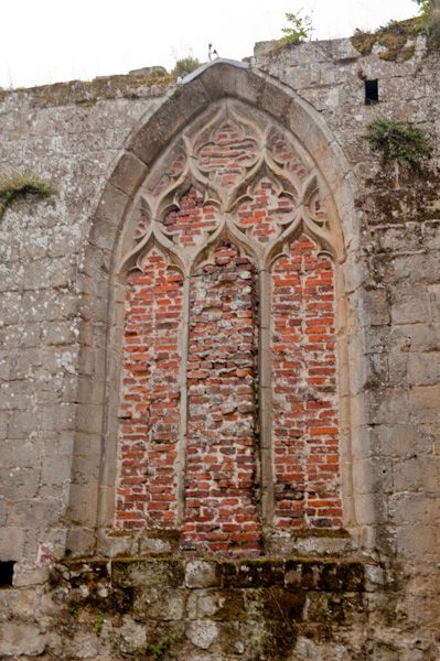 Lowthorpe Church photo, Blocked window in chantry