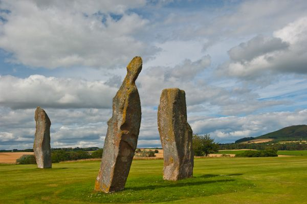 Lundin Links Standing Stones photo, View from the south