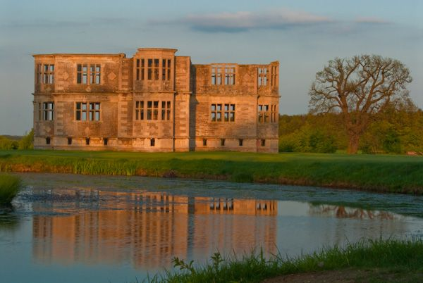 Lyveden New Bield photo, Evening light