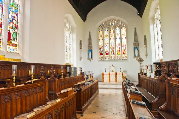 Magdalene College photo, Chapel interior