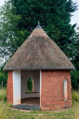 Cob and thatch summerhouse