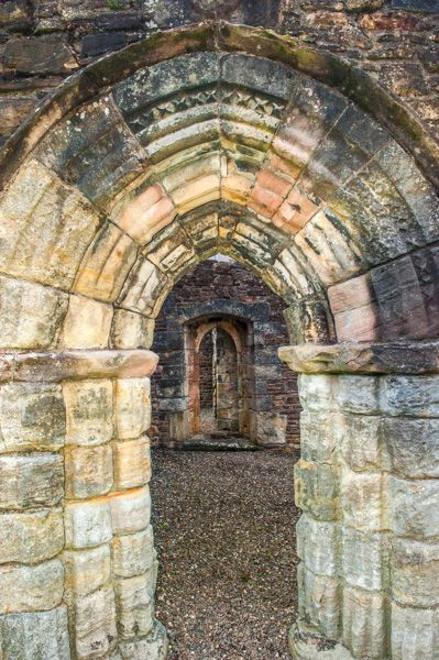 Maybole Collegiate Church photo, Medieval pointed doorway into the church