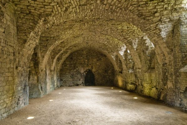 Medieval Bishop's Palace photo, The medieval undercroft