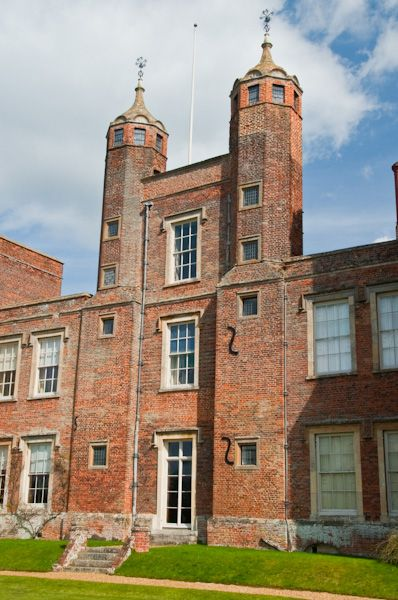 Melford Hall photo, Rear towers