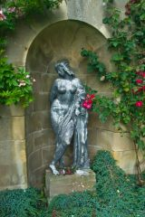 Mellerstain House, Statue niche by the house