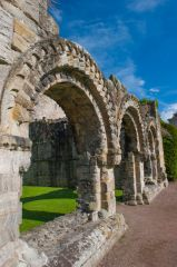 Wenlock Priory, Chapter House arches