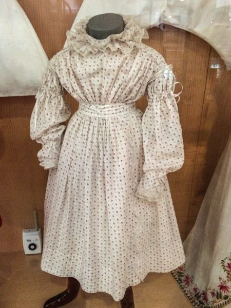 V&A Museum of Childhood photo, 19th century child's dress