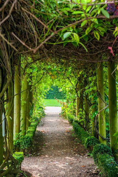 Myddelton House Gardens Enfield History Amp Photos