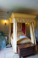 The Georgian bedchamber
