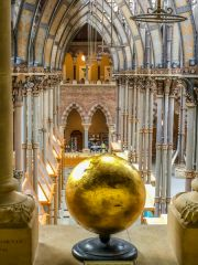 Oxford University Museum of Natural History, A gilded globe on the gallery level
