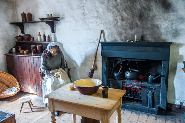 New Lanark World Heritage Site photo, Millworkers' Cottage interior