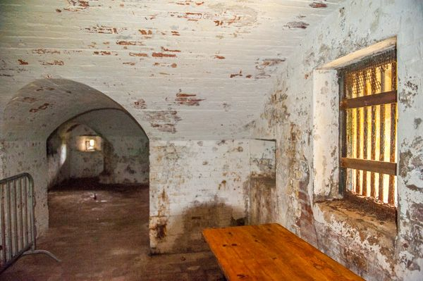 Newhaven Fort photo, Inside the caponnier