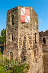 Newport Castle, The polygonal end tower