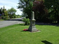 The village green and war memorial (c) JThomas