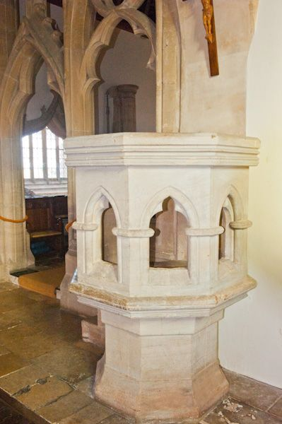 North Leigh, St Mary's Church photo, The stone pulpit