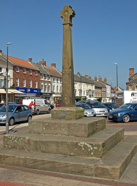 Northallerton photo, The market cross (c) wfmillar