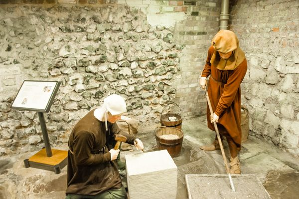 Norwich Castle photo, Living history tableau in the keep