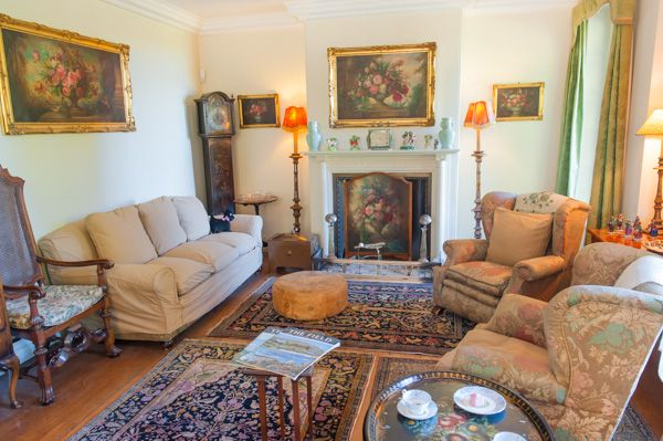 Nuffield Place photo, The comfortable drawing room