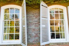 1930s windows and shutters