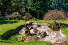 Nuffield Place, A dry garden pond