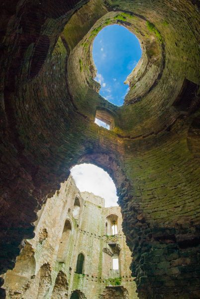 Nunney Castle photo, Inside a corner tower