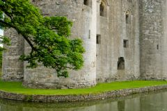 Nunney Castle, Exterior walls and the moat