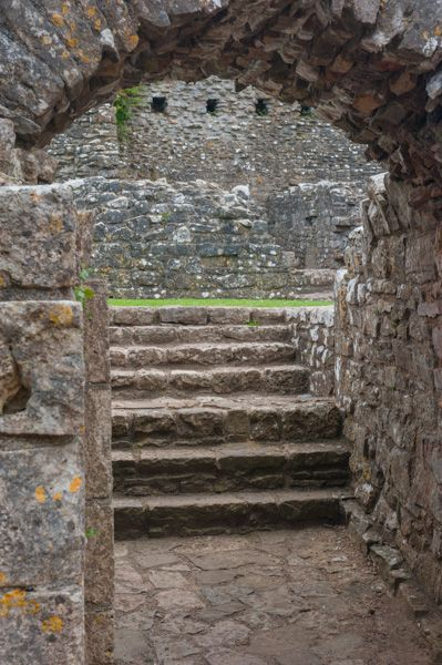 Ogmore Castle photo, The cellar vaulting and stairs