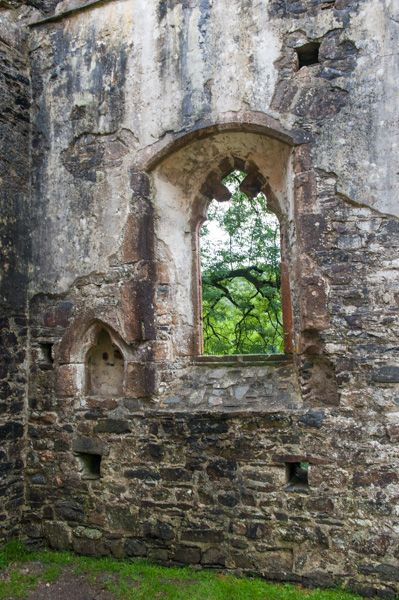 Okehampton Castle photo, The chapel