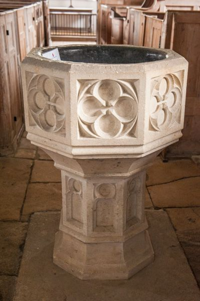 Old Dilton, St Mary's Church photo, The Victorian font