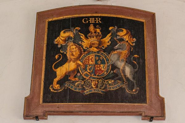 Old Dilton, St Mary's Church photo, George III coat of arms