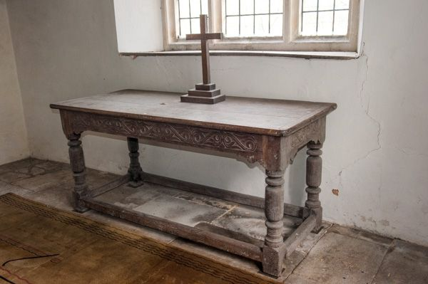 Old Dilton, St Mary's Church photo, The 17th century communion table