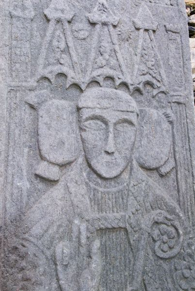 Oronsay Priory photo, Grave slab of a bishop